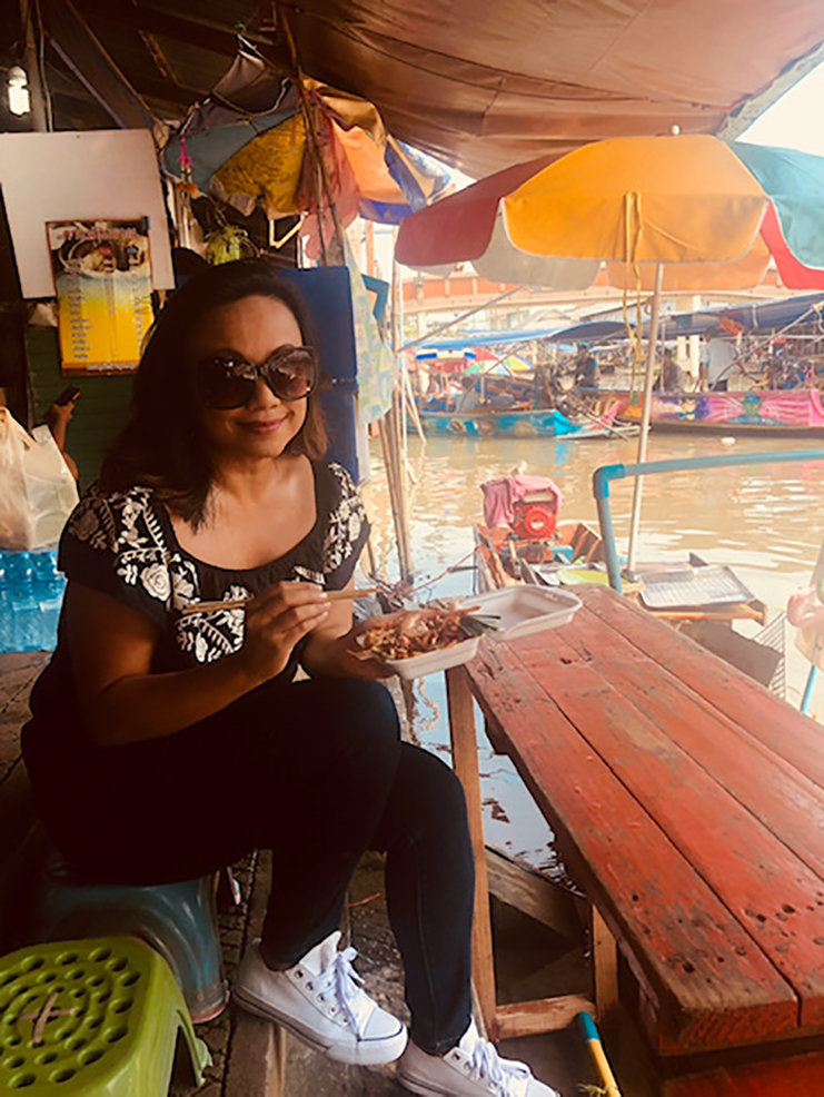 Amphawa Floating Market near Bangkok Thailand. web
